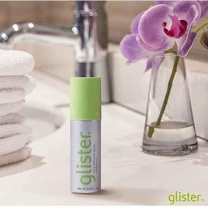 Nước xịt thơm miệng Glister còn có tác dụng làm dịu cảm giác khô họng